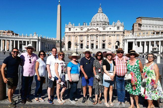 Viajeros en el Vaticano durante un free tour.