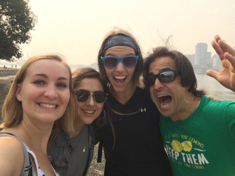 Travelers taking a crazy selfie on a guruwalk in Canada.