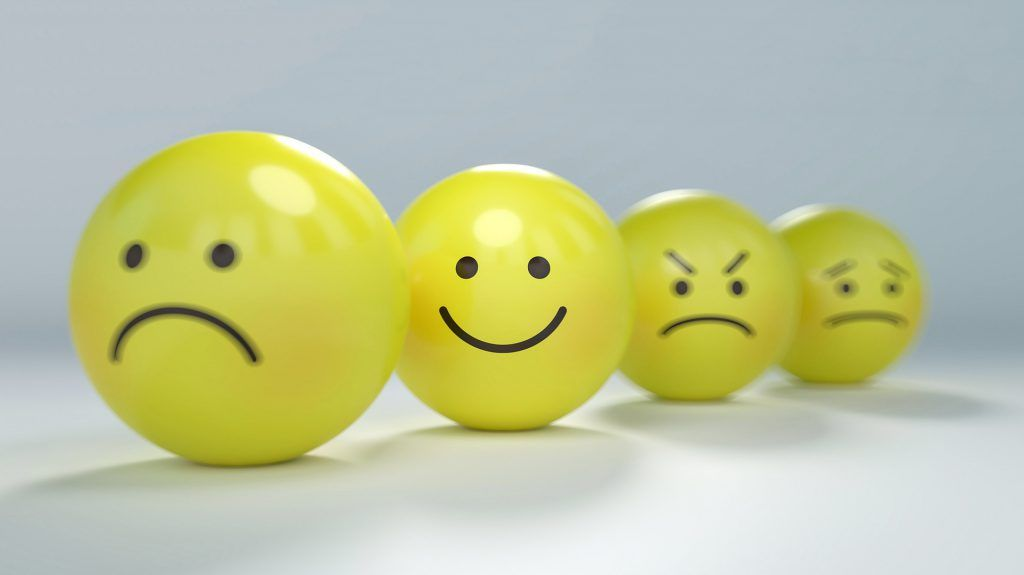 Balls-faces-emotions-smile