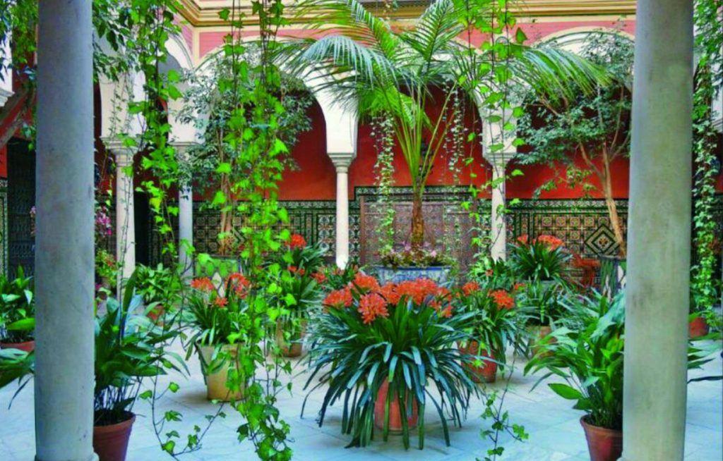 patios estilo cordobés barrio Santa Cruz
