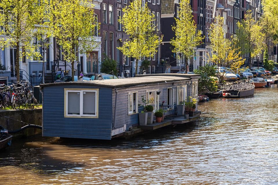 See the surprising boat houses