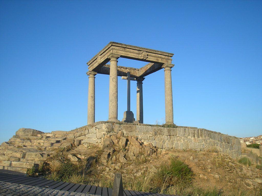 Mirador de los Cuatro Postes, Ávila