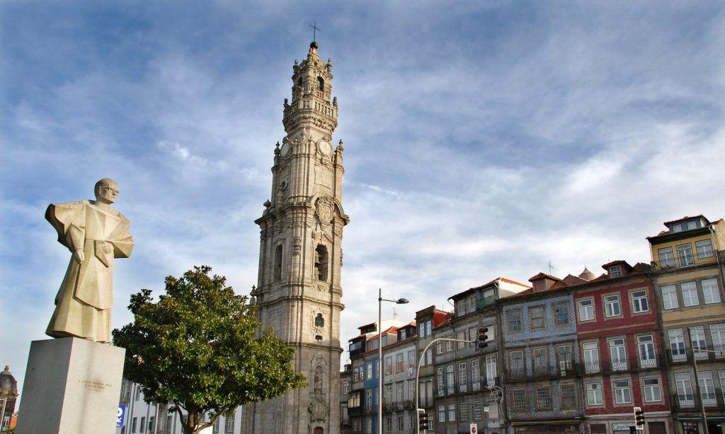 Iglesia y Torre de los Clérigos, Oporto
