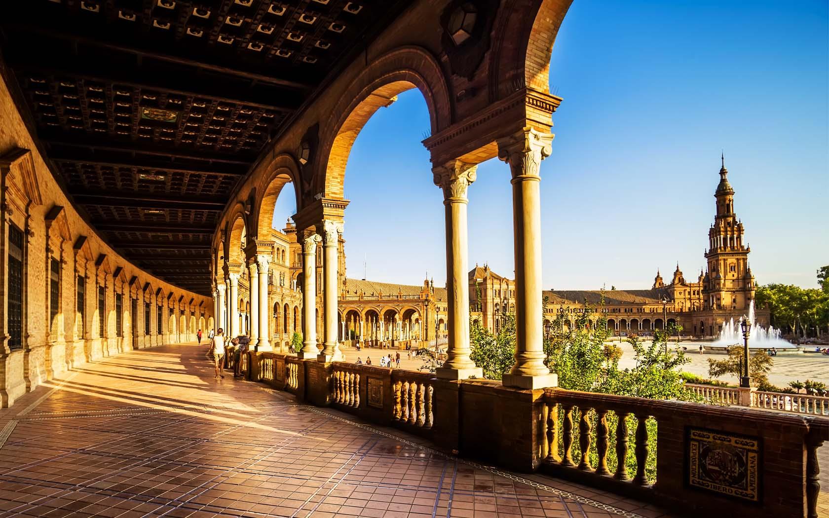 ¿Qué ver en Sevilla? ¡Lugares imprescindibles para visitar España!