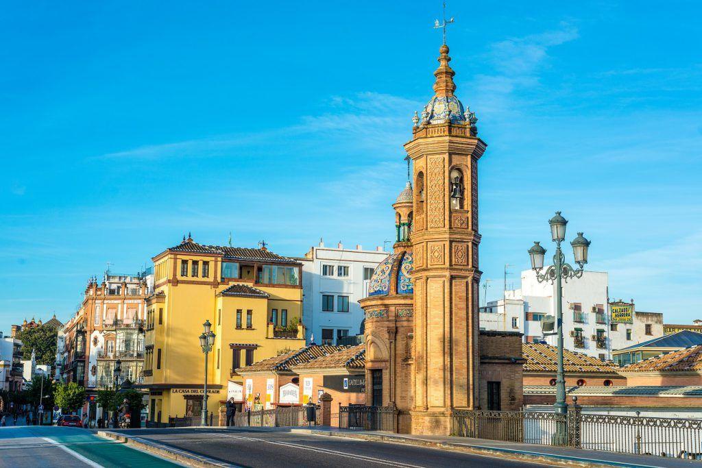 ¿Qué ver en el Barrio de Triana de Sevilla?