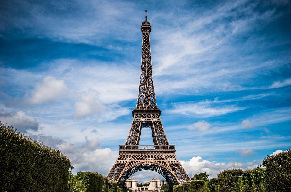 Visitar y subir a la Torre Eiffel, París