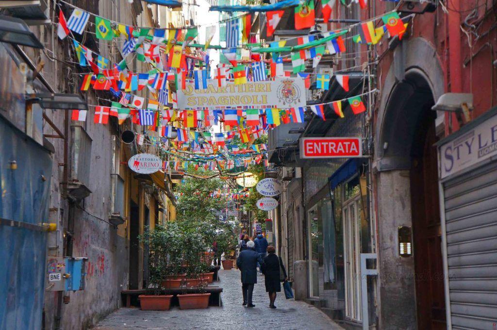 Barrio Español, Nápoles