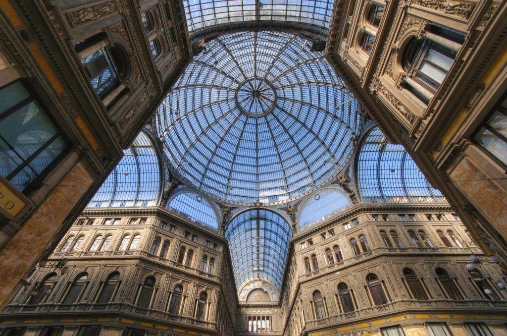Galería Umberto I, Nápoles