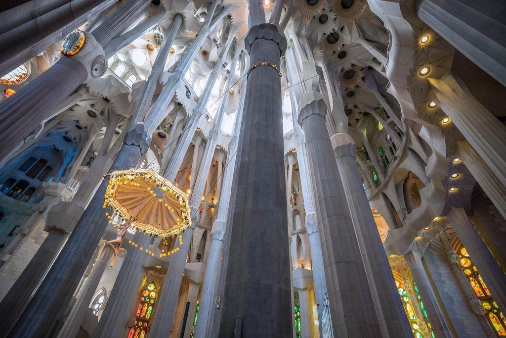 Interior de la Sagrada Familia: historia y elementos