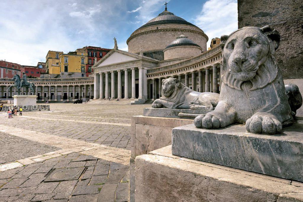 Plaza del Plebiscito, Nápoles