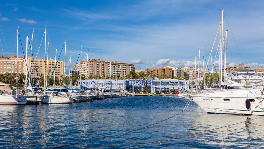 Puerto deportivo de Almería