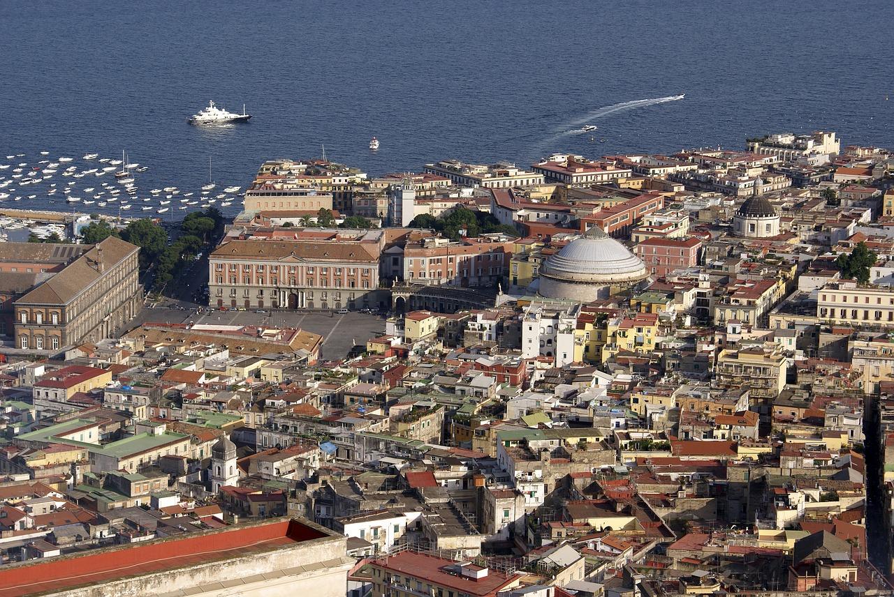 ¿Qué ver y hacer en Nápoles? ¡Lugares imprescindibles para visitar!