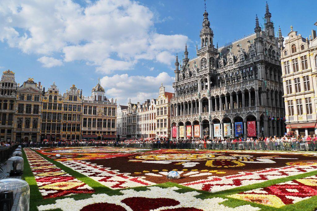 La Grand Place, uno de los lugares imprescindibles que ver en Bruselas