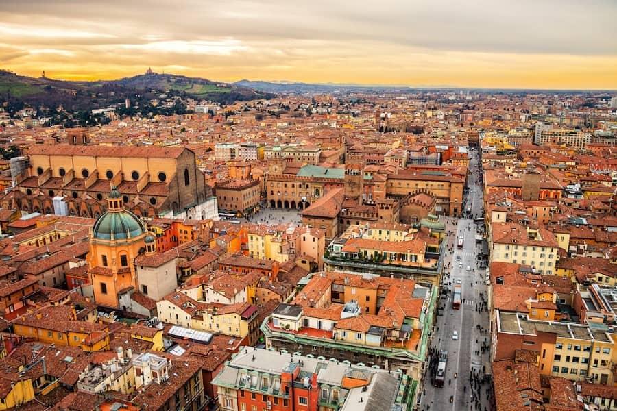 Bolonia, Italia