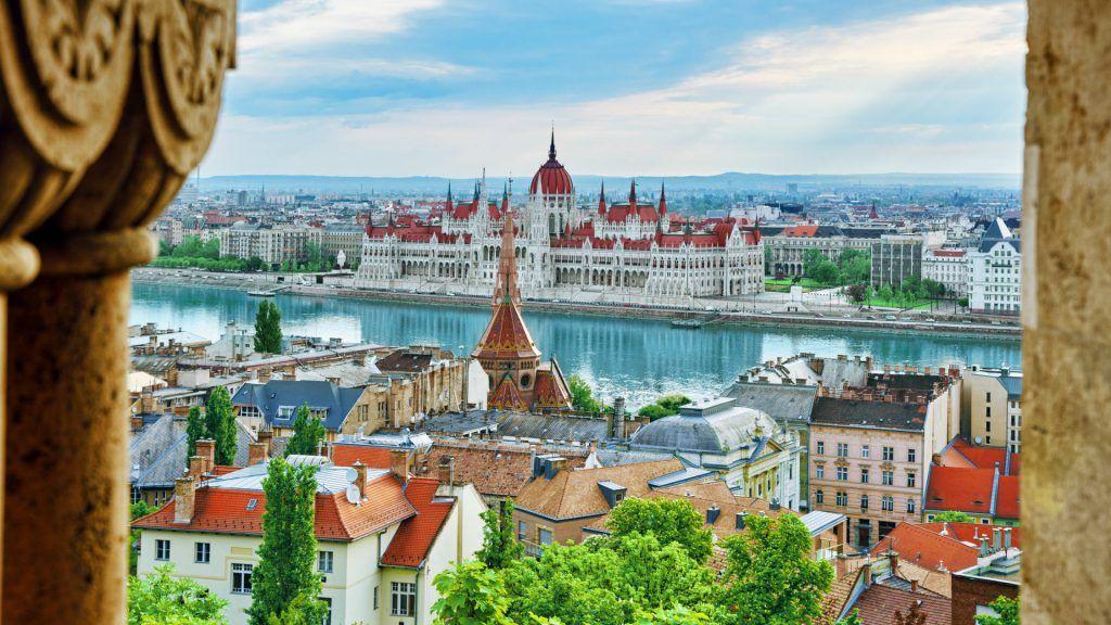 ¿Cómo llegar al centro de Budapest desde el aeropuerto?